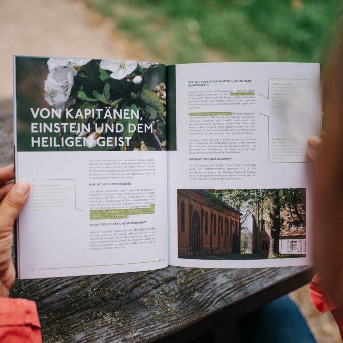 reisezeit-das-reisemagazin-fuer-das-havelland-aufgeklappt